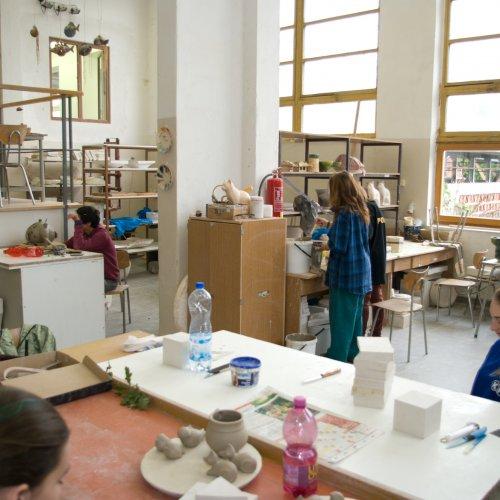 Ateliér keramiky a porcelánu