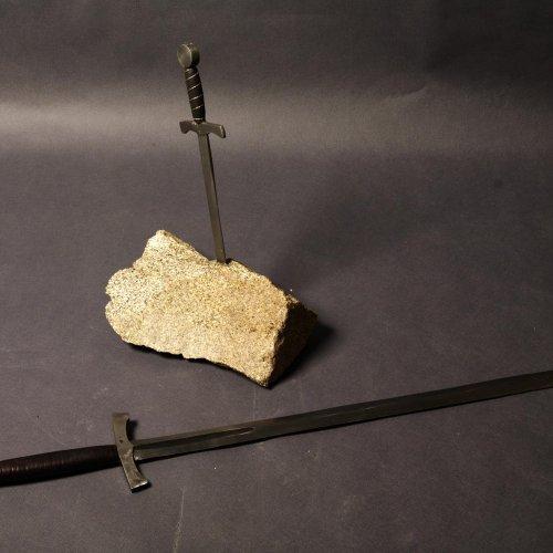 Excalibur– DOMINIK SEMRÁD, kov, 100cm