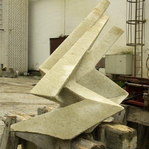 Blesky– MIRKA BÁRTOVÁ, pískovec 100× 70× 42cm