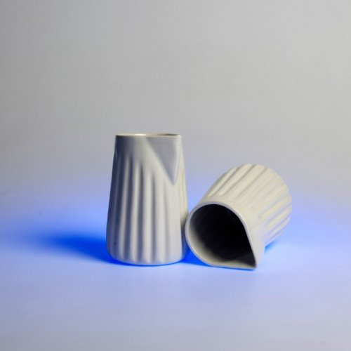 SNÍDANĚ – Nikola Hrachová, porcelán, 5 x 5 x 10 cm, pod vedením MgA. Michaela Franče