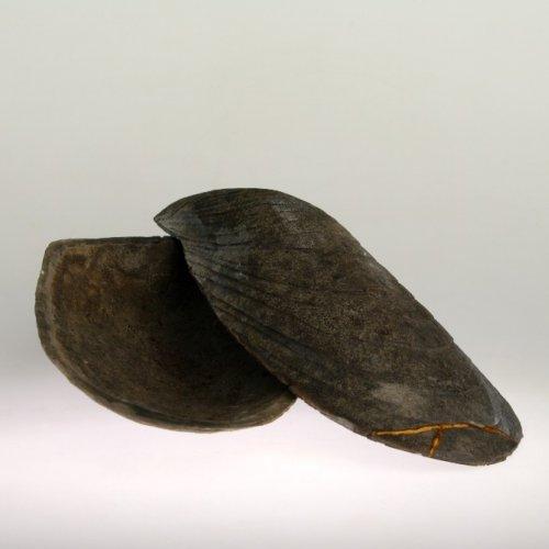 PŘÍRODNINA – Valerie Slámová, keramika raku, 25 x 13 x 5 cm, pod vedením MgA. Michaela Franče