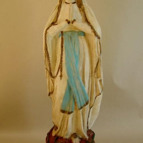 Sv. Marie (kopie) – NIKOLA PALUSKOVÁ, sádra 52 x 12 x 12 cm