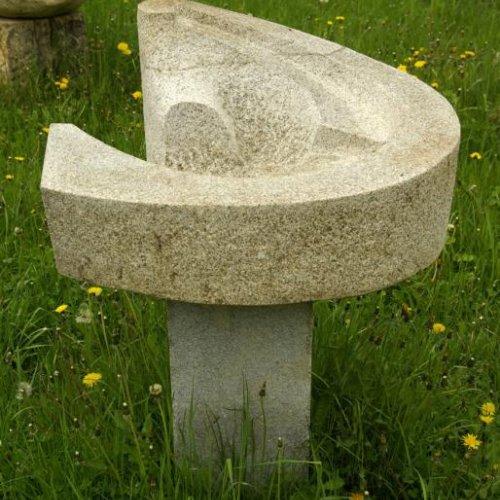 Kaskáda - MARTIN PAVEL, žula, 44 x 75 cm
