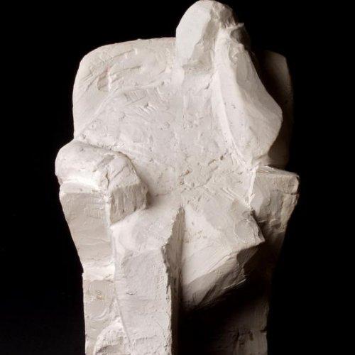 Sedící postava - BARBORA KOUBOVÁ, sádra, 37 x 16 x 18 cm