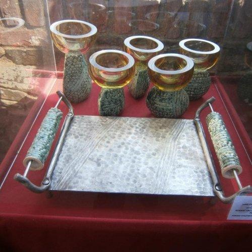 Nápojová sada – BARBORA KLOKNEROVÁ, LUKÁŠ CHALUPA, MICHAL KORANDA, sklo, keramika, kovaná nerez