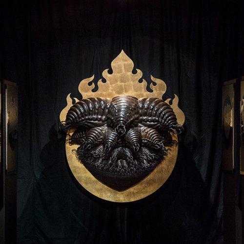 TEMPLE OF ANIMAL BODHISATTVA – MgA. Marek Škubal, Ph.D., kombinovaná technika, 2011-2015, z výstavy Život je bolestný a přináší zklamání, Massakr Vol. 1 - Lovecraft, Galerie města Plzně, 2016