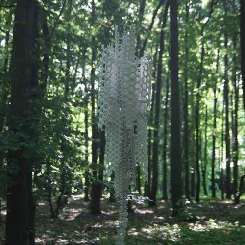 MORF – MgA. Michael Franče, porcelánová plastika, 70 x 70 x 180 cm
