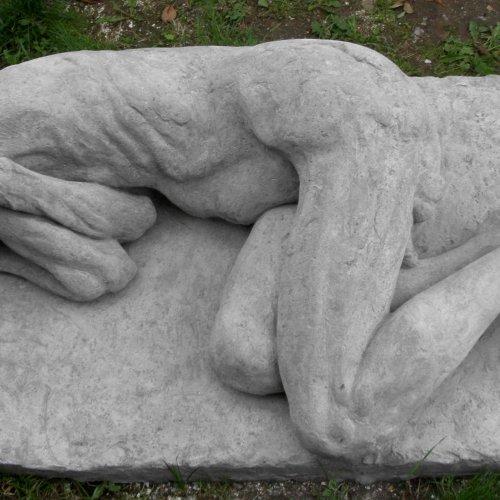 FIGURÁLNÍ STUDIE – MgA. Tereza Eisnerová, beton, životní velikost, 2007