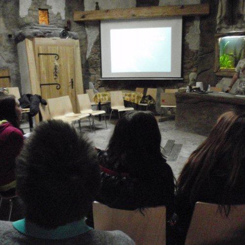 Do besedy s tiskovým mluvčím zahrady, panem Martinem Maláčem, se aktivně zapojili i samotní žáci.