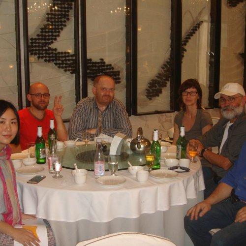 Neformální setkání účastníků (Martina Janáková třetí zprava)