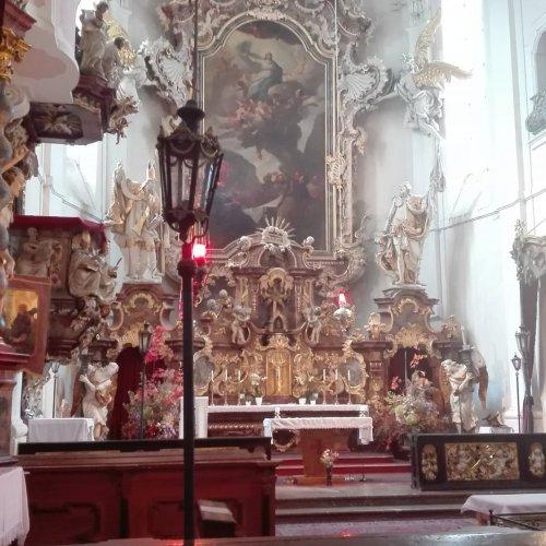 Barokní interiér kostela vdetailu