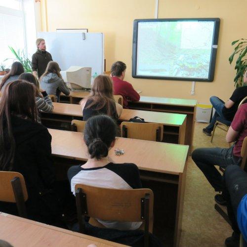 Přednášku občas střídaly i zvídavé dotazy studentů.