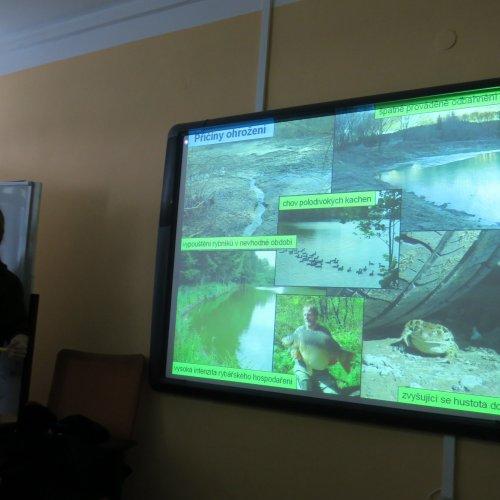 Součástí přednášky byly i informace o příčinách ohrožení obojživelníků.