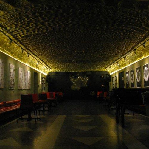 Stínoví hráči - pohled do instalace