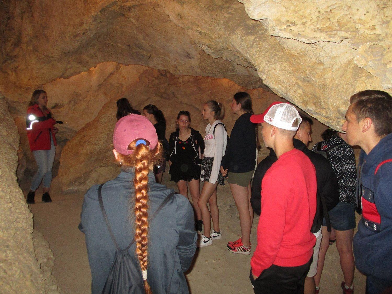 Ideální teplota, ještě že tu mají jeskyni Na Turoldu.