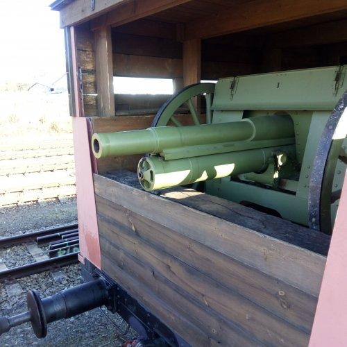 Pohled do obrněného vagónu