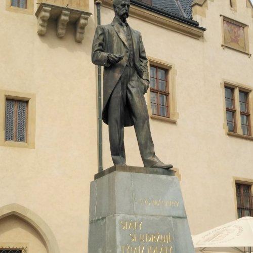 T. G. Masaryk před Vlašským dvorem