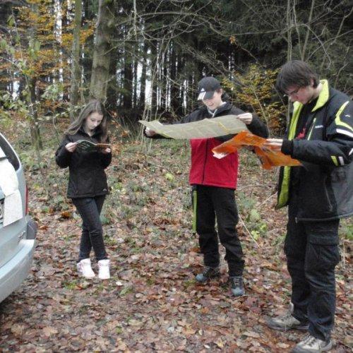 Cílem výpravy uskutečněné 8.11.2012 byl nejvyšší vrchol havlíčkobrodského okresu– vrch Melechov.