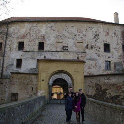 """S hradem jsme se loučili v opravdu """"povznesené"""" náladě a s jistotou, že se sem určitě brzy vrátíme..."""