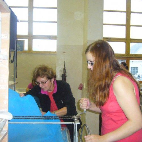 Lisování plátu na mechanickém lisu